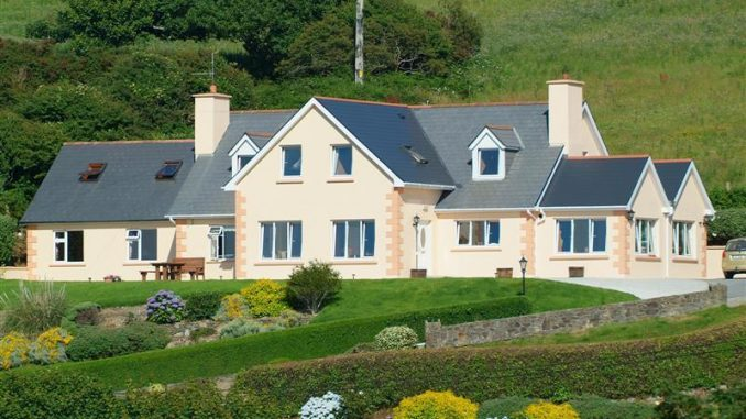 channel view baltimore bed and breakfast in Cork