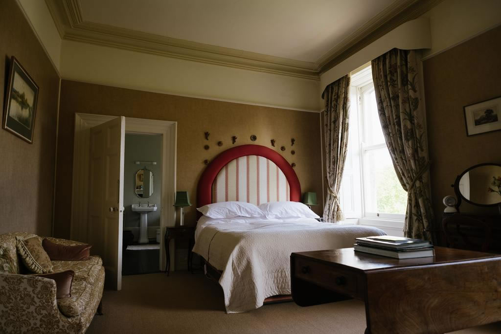 Ballyvolane House Bedroom Suite