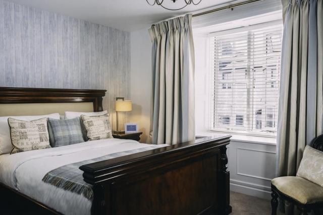 Blue Haven Hotel Kinsale bedroom 3