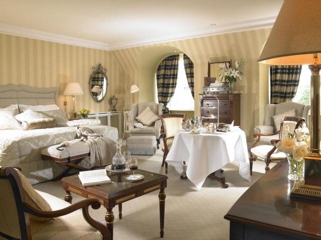 Hayfield Manor luxury bedroom suite