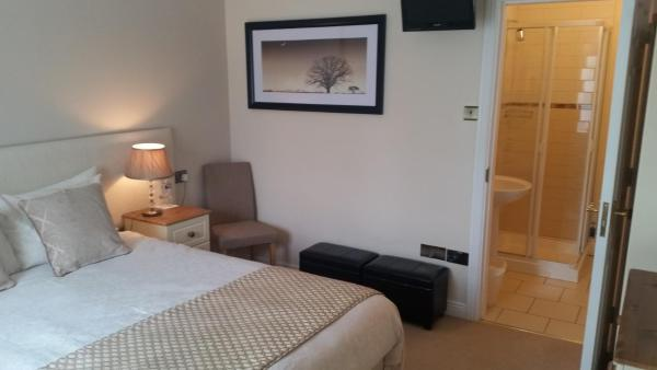 Rivers Edge glengarriff bedroom